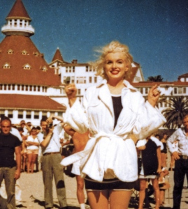 marilyn-monroe-and-turret-pg183-copy